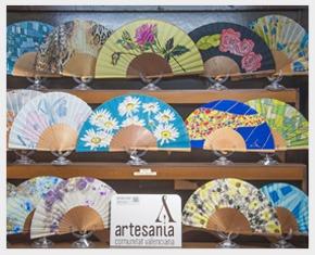 Artesania abanicos pintados a mano en valencia