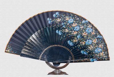 abanico-flores-azul-marino